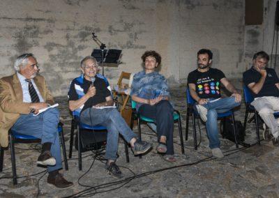 Dibattito sugli attentati in Sardegna